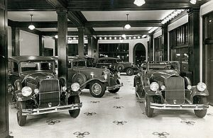 Pierce-Arrow Showroom, St. Louis, Missouri, 1931. Looks like Rule 14 is fully enforced.